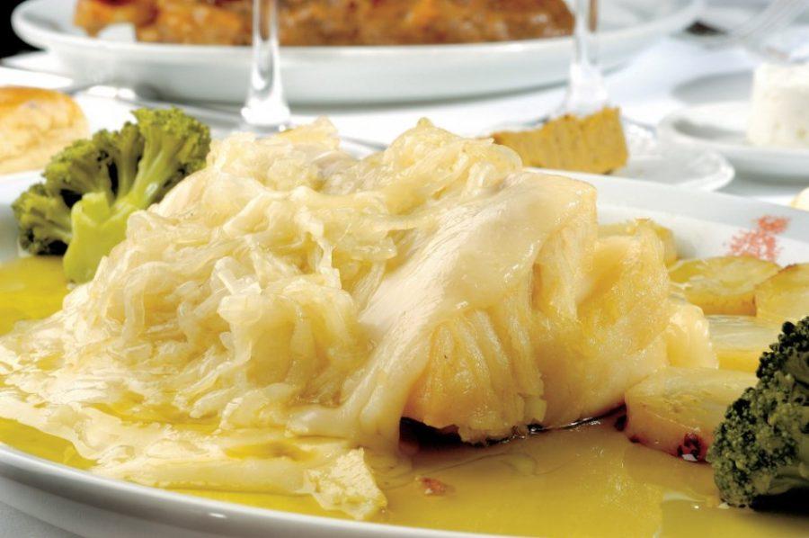 Lombo de bacalhau ao queijo da serra